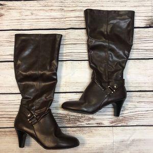 Karen Scott Size 9 Brown Heeled Boots